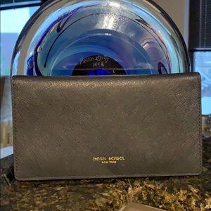 Henri Bendel wallet NWOT West 57th